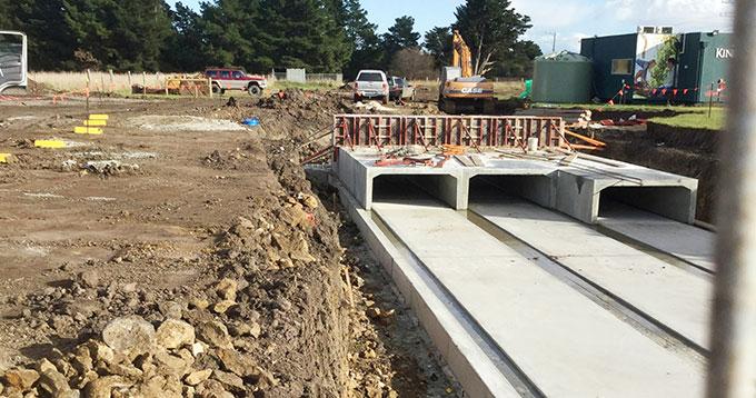 contruction of bridge at kinbrook